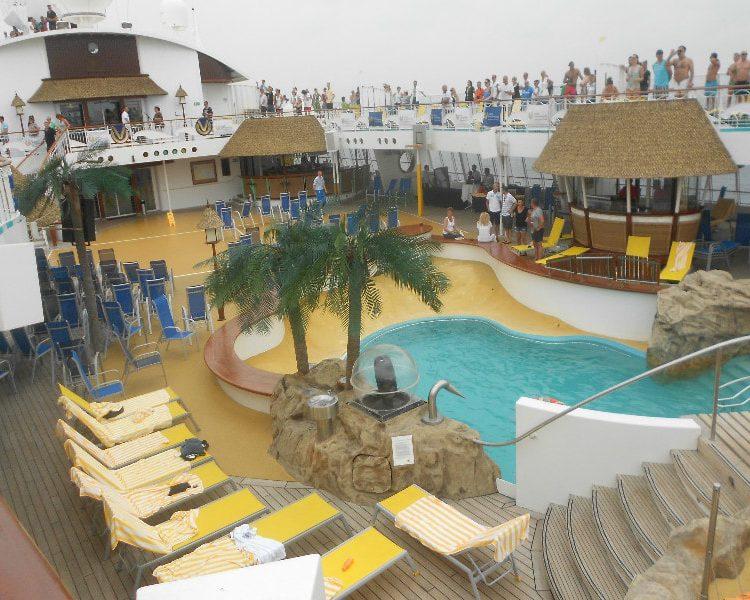 cruising cruise ship aida mediteranean